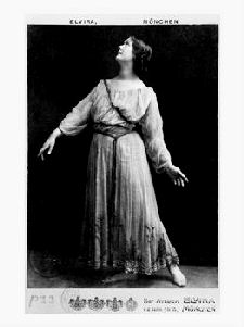 Isadora Duncan, 1903 - 1904 at the Elvira Studio